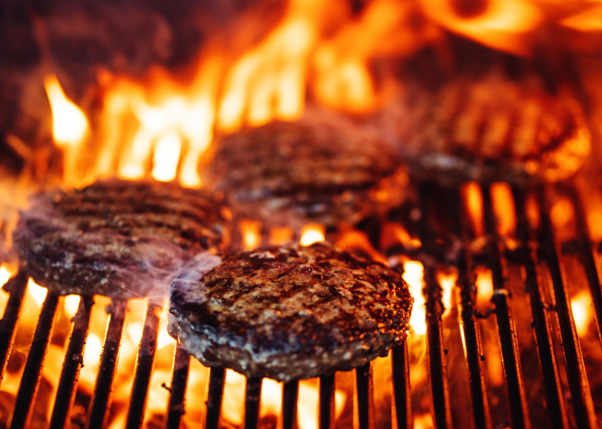 Order grassfed ground beef online - our beef is naturally pasture raised, hormone-free, antibiotic-free, and free range grass-fed.