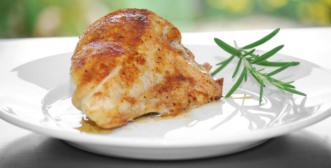 Buy gourmet certified organic boneless skinless chicken breast direct from the farm in Ontario Canada