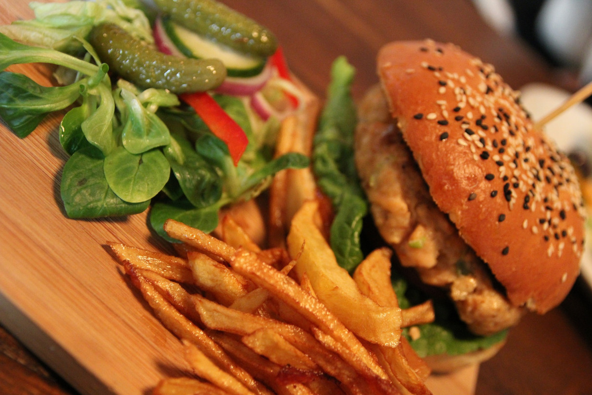Buy gourmet certified organic ground chicken direct from the farm in Ontario Canada